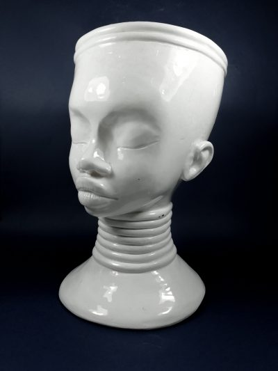 clay-right