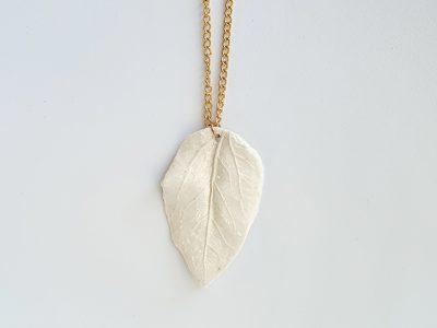Leaf-necklace